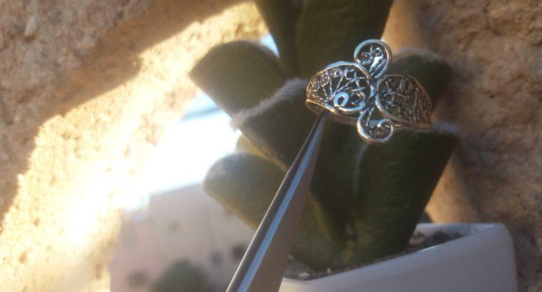 خاتم من الفضة بتقنية الفيليكران